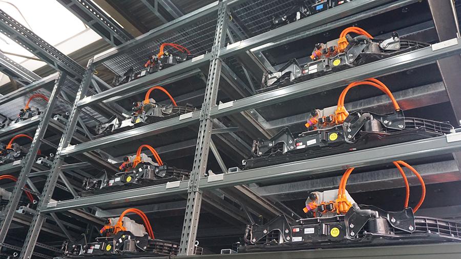 1,9 MW Batteriespeicher aus der Audi e-tron Testflotte