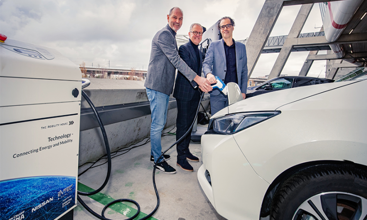 Electric car powers football stadium –  Johan Cruijff ArenA in Amsterdam and The Mobility House set the pace for the future of electric mobility