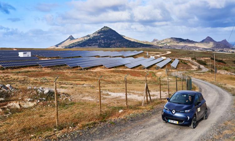 Intelligente Software von The Mobility House macht eine ganze Insel emissionsfrei
