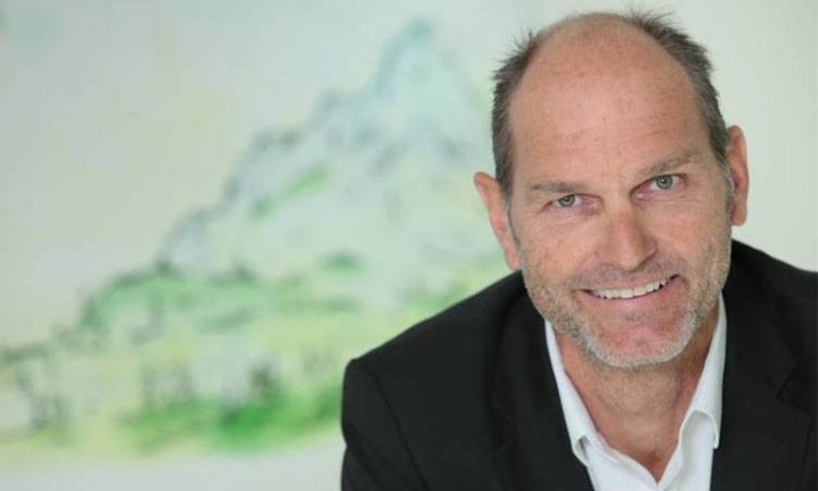 """Autobild-Interview mit Thomas Raffeiner: """"Mit dem E-Auto vernünftig ans Netz."""""""