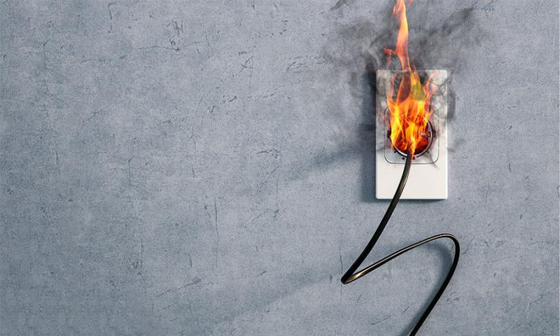 Effizienz, Sicherheit, Ladedauer: Warum eine Wallbox der Schukosteckdose vorzuziehen ist