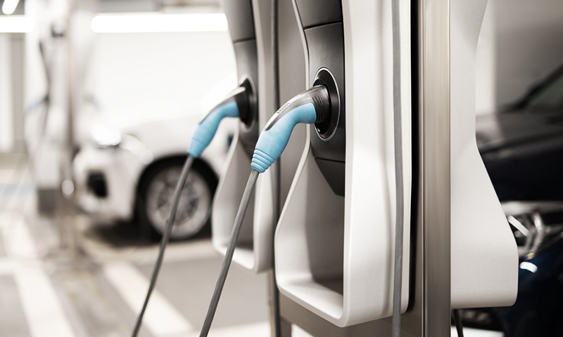 Smart gespart: Wie sich hohe Kosten beim Aufbau einer Elektrofahrzeug-Ladeinfrastruktur vermeiden lassen