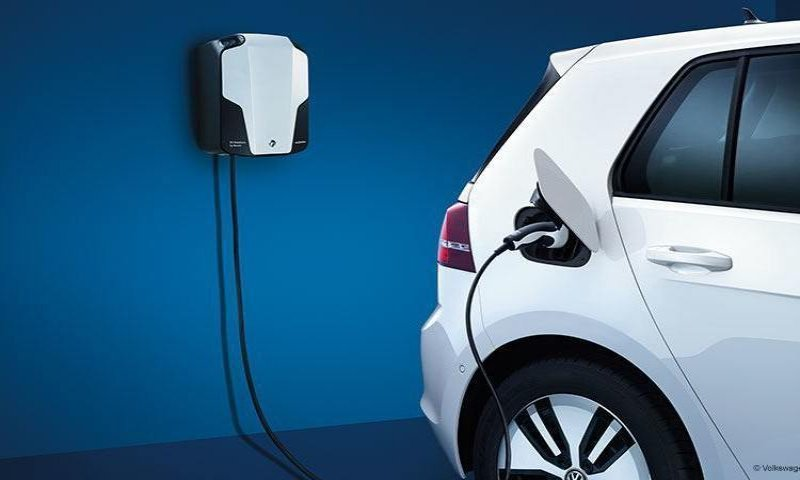 Volkswagen collaborates with The Mobility House to create charging solutions for e-vehicles