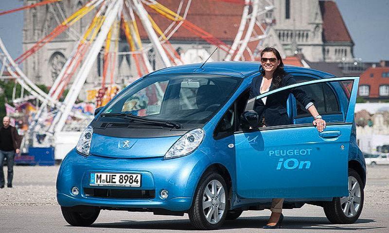 Peugeot und Citroën kooperieren mit The Mobility House für Elektrofahrzeug-Ladelösungen