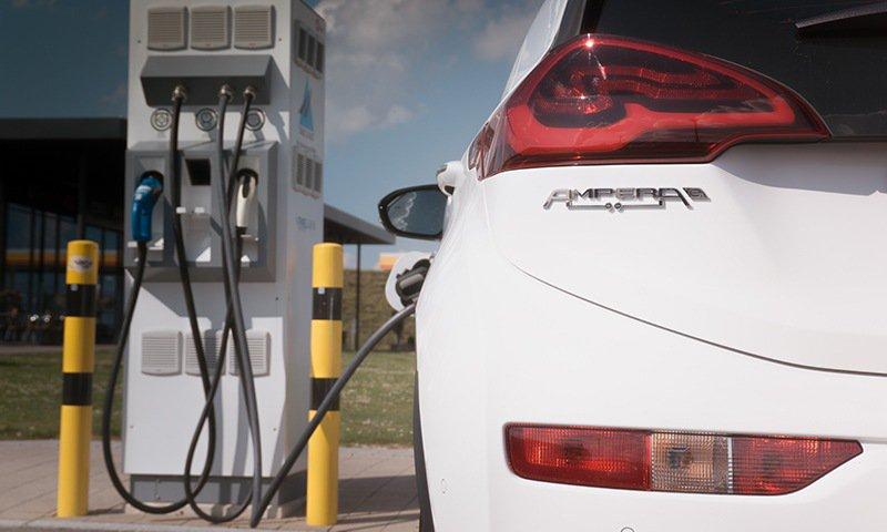 Elektroauto für Anfänger: Der neue Opel Ampera-e im Alltagstest