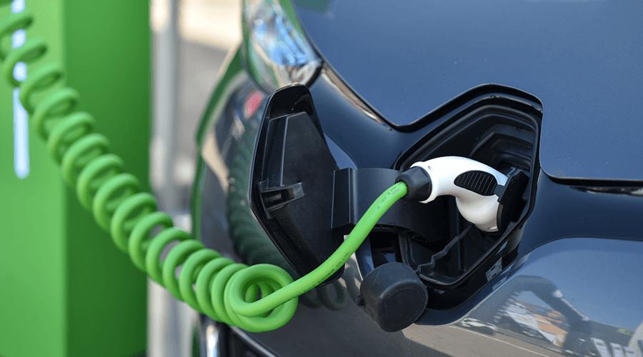 green|connector und The Mobility House bündeln Produktportfolio für Stadtwerke