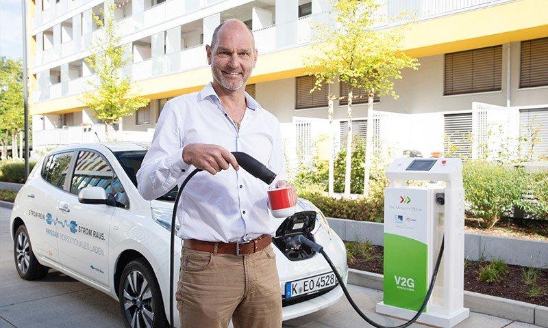 The Mobility House kocht Kaffee mit grünem Strom aus dem Elektroauto