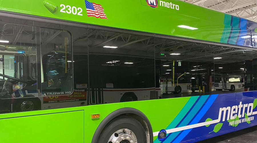 Metro Transit, New Flyer und The Mobility House bauen größte elektrische Busflotte in den USA auf
