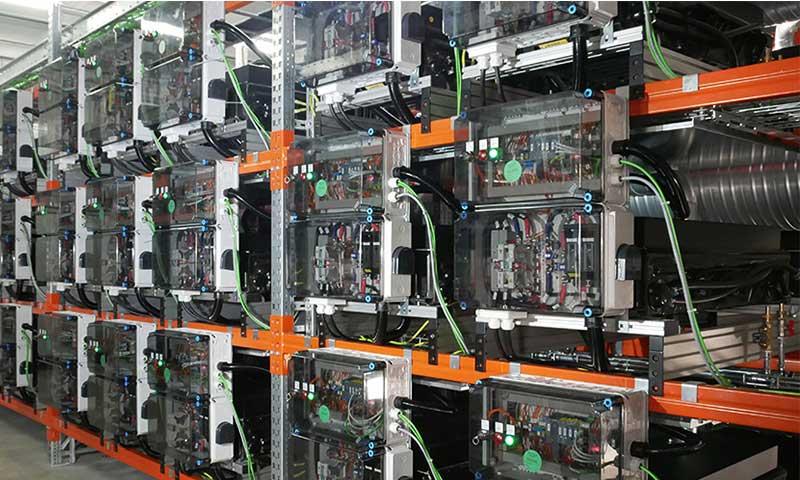 Speicher aus First- und Second-Life Fahrzeugbatterien in Elverlingsen
